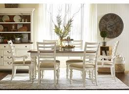 newport dining table havertys