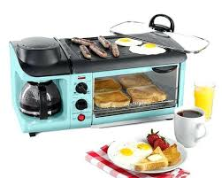 Blue Toaster Oven White Family Size Large 3 In 1 Coffee Maker Kitchenaid Light Flashing