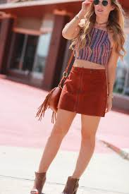 Shannon Jenkins Of Upbeat Soles Styles A 70s Inspired Outfit With Forever 21 Suede Skirt