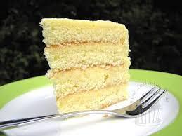 torte gefüllt mit lemon curd desserts vanilla cake food
