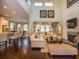 Living Room With Fireplace And Bookshelves by Contemporary Great Room With Loveseat U0026 Crown Molding Zillow