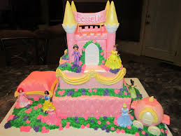 MyMoniCakes Disney Princess Castle Cake with Carriage and Pillow