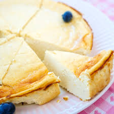 low carb käsekuchen aus magerquark ei und milch 6 zutaten rezept