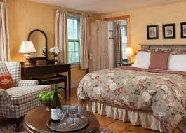 The General Henry Knox Room Has A Second Small With Twin Bed In It