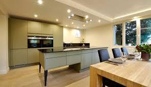 ilot central cuisine design cuisine design avec îlot central modèle