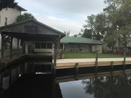 The Shed Restaurant Homosassa Fl by The Crab Shack Waterfront Vacation Getawa Vrbo