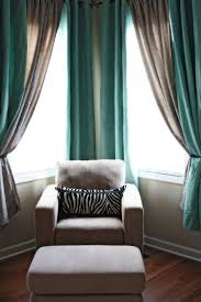 Grey And Turquoise Living Room Curtains by Best 25 Corner Window Treatments Ideas On Pinterest Corner