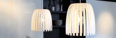 gemütliche und moderne lichtgestaltung im wohnzimmer