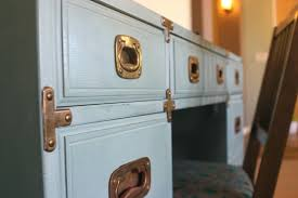 Drexel Heritage Dresser Handles by Chloe A Vintage Drexel Heritage Desk Because I Like To Decorate
