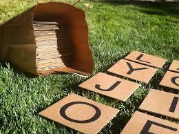 Easy Cardboard Giant Outdoor Scrabble Game There Are 144 Tiles