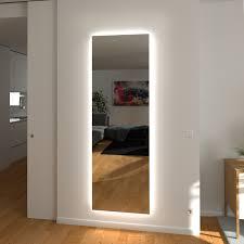 ganzkörperspiegel mit ambientelicht umlaufend
