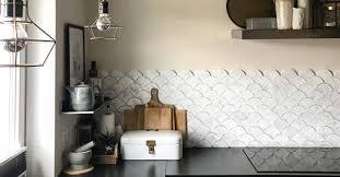küchenrückwand materialien eigenschaften und inspirationen