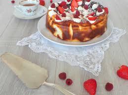gâteau au fromage blanc fraises et framboises facile et pas cher