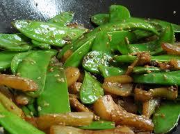 dans mon assiette wok de mange tout et fenouil