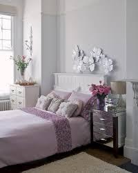 chevet chambre adulte chambre à coucher décoration chambre adulte romantique lilas pâle