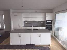 weiße küche mit beton arbeitsplatte küche beton weisse