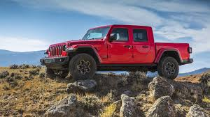 Jeep Gladiator Officially Debuts As The Only Convertible Pickup ...