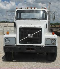 1983 Volvo N1027 Semi Truck   Item I7401   SOLD! June 26 Con...