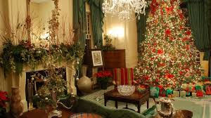 North Carolina Governors Mansion Hosts Holiday Open House In