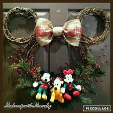 Classy Minnie Mouse Twigs Wreath For Front Yard