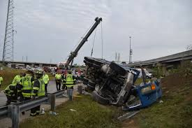 100 Two Guys And A Truck Indianapolis One Dead In Dump Crash On Citys South Side 931 WIBC
