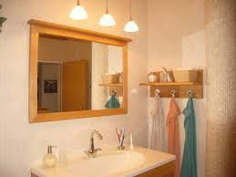 badezimmer mit besonderer deckenbeleuchtung küche wohnen holz