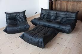 vintage togo wohnzimmer set aus schwarzem leder michel ducaroy für ligne roset 1970er 3er set