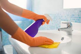 waschbecken reinigen so säubern sie es schonend