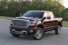 GM Adds B20 Biodiesel Capability To Chevy, GMC Diesel Trucks, Cars Gmc Comparison 2018 Sierra Vs Silverado Medlin Buick F150 Linwood Chevrolet Gmc Denali Vs Chevy High Country Car News And 2017 Ltz Vs Slt Semilux Shdown 2500hd 2015 Overview Cargurus Compare 1500 Lowe Syracuse Ny Bill Rapp Ram Trucks Colorado Z71 Canyon All Terrain Gm Reveals New Front End Design For Hd