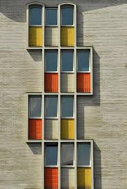 canap駸 le corbusier collaged glass facade defines fashion offices by sasaki