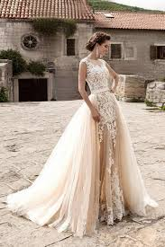 Wedding dress light Peach Echo and white colors with detachable