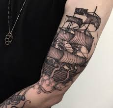 Unsinkable Ships Sink Tattoo by 20 Best Tattoo Tom Images On Pinterest Piercings Skull Tattoos