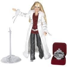 Who Sings Rockin Around The Christmas Tree by Amazon Com Hannah Montana Holiday Singing Doll Toys U0026 Games