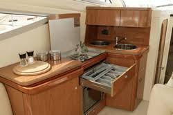 cuisine bateau location bateau à quai alpes maritimes laurent du var