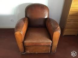 recouvrir un fauteuil club fauteuil club en cuir des ées 50 ameublement puy de dôme