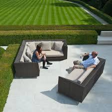 großes gartensofa kunststoffgeflecht mit sitzkissen lovelock 3 sitzer sofa