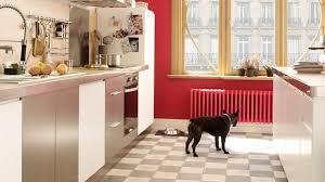 peinture pour carrelage sol cuisine repeindre le carrelage au sol de la cuisine côté maison