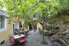 chambre d hotes clermont ferrand centre bed and breakfast chambres d hôtes le petit siam clermont ferrand