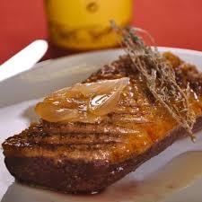 cuisiner le magret recette magret de canard au miel cuisine madame figaro