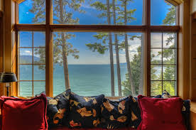Driftwood Christmas Trees Sydney by Driftwood Lane Residence On Flathead Lake Showcases Montana U0027s Beauty