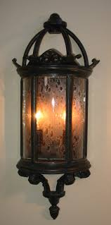 Exterior Outdoor Light Fixtures and the materials available for