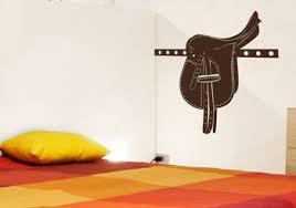 chambres d h es les caselles sticker selle de cheval une décoration sur le thème de l équitation