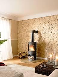 wände im naturstein look steinwand wohnzimmer kamin