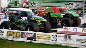 Grave Digger Vs. Teenage Mutant Ninja Turtles Monster Truck Drag ... Nikko 9046 Rc Teenage Mutant Ninja Turtle Vaporoozer Electronic Hot Wheels Monster Jam Turtles Racing Champions Street Diecast 164 Scale Teenage Mutant Ninja Turtles 2 Dump Truck Party Wagon Revealed Translite For Translites Cabinet Amazoncom Power Kawasaki Kfx Bck86 Flickr Tmnt Model Kit Amt