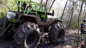 100 Monster Trucks In Mud Videos Truck Driver Engineers Clever Lifehack To Get Out Of Jukin