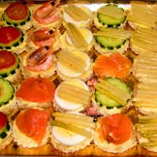 recette canapé canapés ronds recette pour un buffet maison