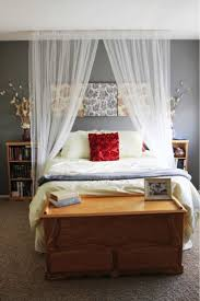 Twin Metal Canopy Bed White With Curtains by Curtains For Beds Snug Interior And Exterior Designs Also Arched