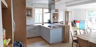 teilmassive küche mit esszimmer aus asteiche wohntraum branka