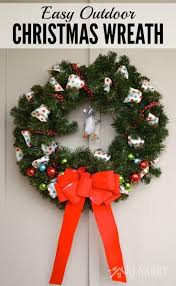 Outdoor Christmas Decorations Ideas 2015 by Outdoor Christmas Wreath A Quick And Easy Craft Idea