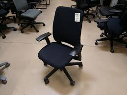 Used Humanscale Freedom Chair by Steelcase Amia Anderson U0027s Office Furniture